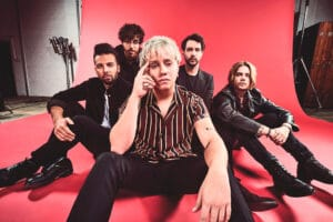 "Nothing But Thieves publica el single ""Impossible"""