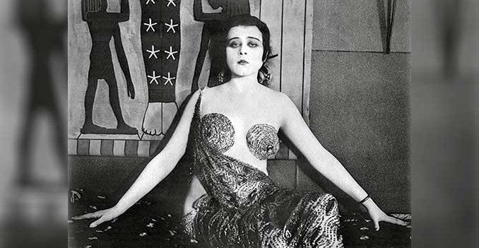 Conoce a Theda Bara, el primer símbolo sexual en el cine