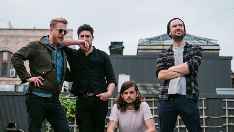 Marcus Mumford versiona «You'll Never Walk Alone»
