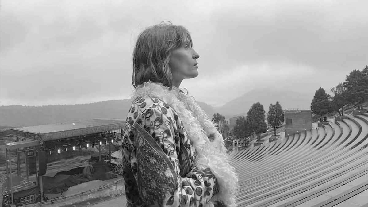 """Light Of Love"", lo nuevo de Florence + The Machine"