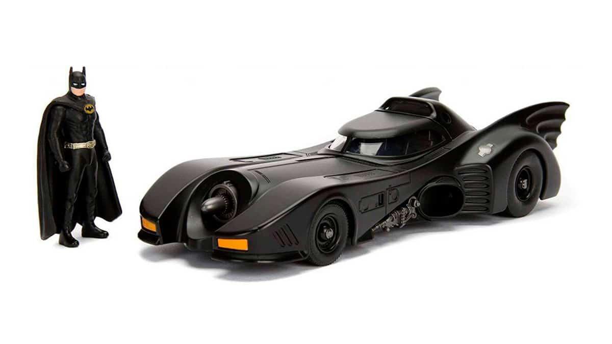 Hasta los superhéroes necesitan un auto