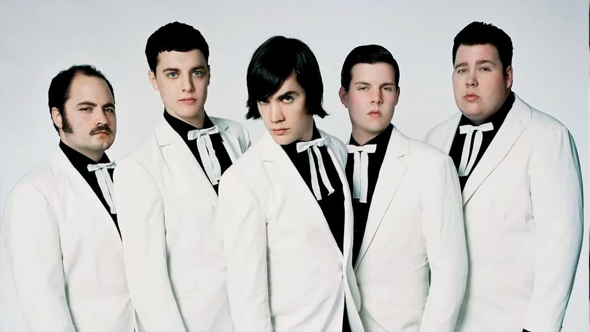 The Hives Live